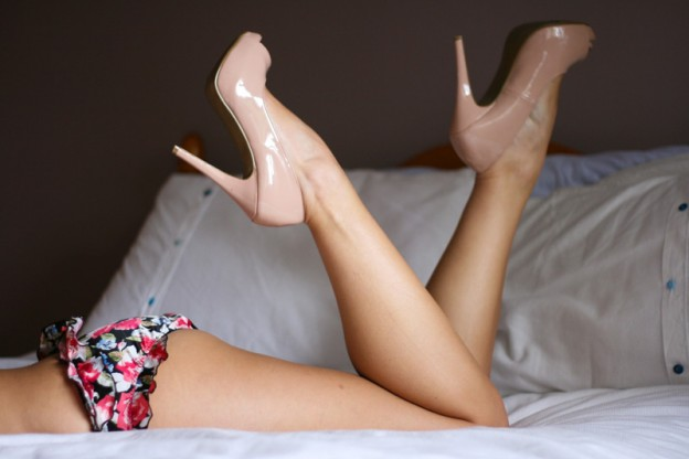 Heels, Pearls and Frilly Knickers
